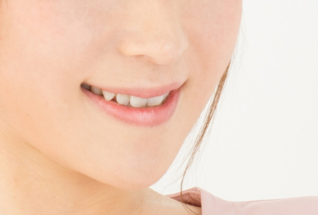 歯の黄ばみの理由