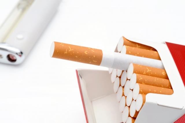 タバコのヤニによる汚れ
