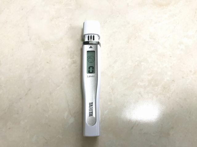 うる藍バリア使用後の口臭測定器